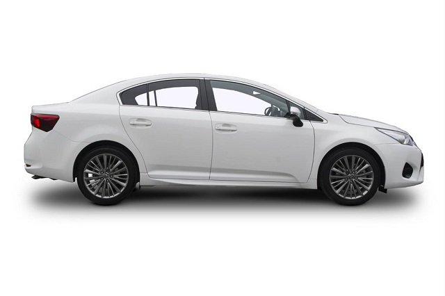 2019 Toyota Avensis side
