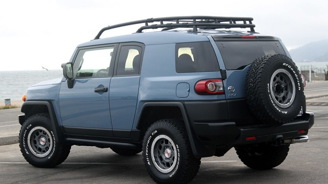 2019 Toyota FJ Cruiser Rear