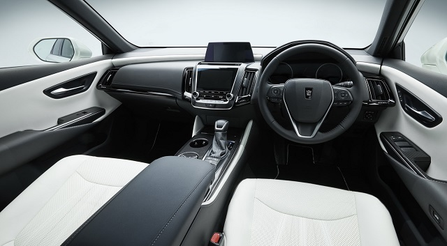 2019 Toyota Crown cabin
