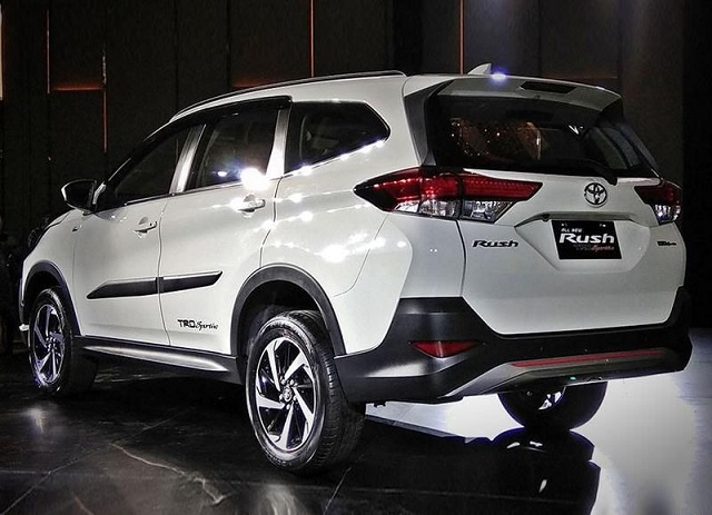 2019 Toyota Rush rear