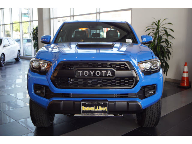 2020 Toyota Tacoma TRD Pro front