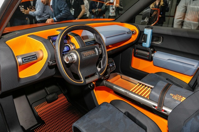 2020 Toyota FJ Cruiser inspired by the FT-4X concept interior